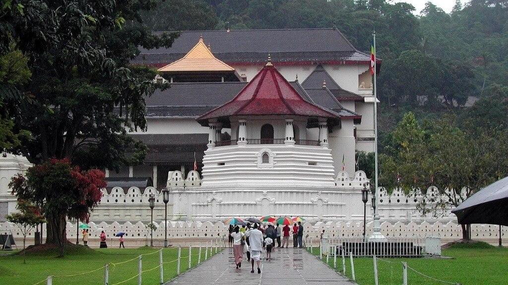 De Tempel van de Tand in Sri Lanka
