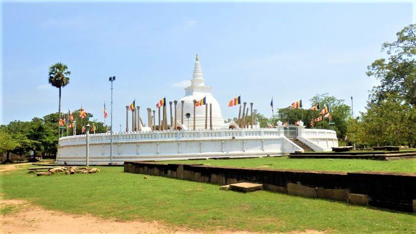 Thuraparama dagoba in Anuradhapura, Sri Lanka