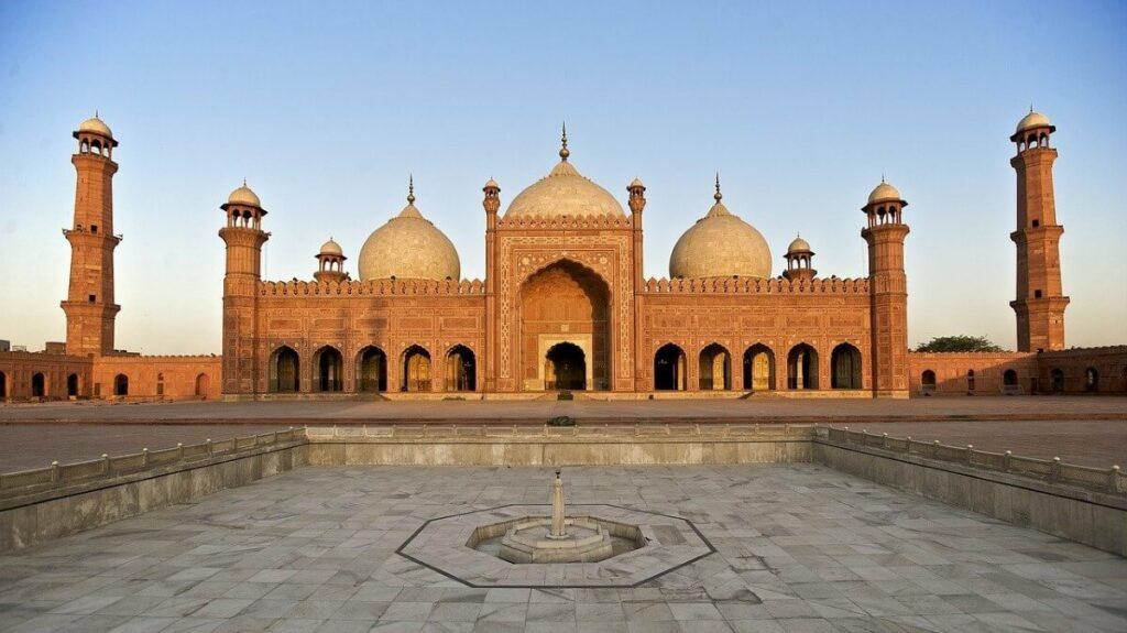 Historie van de Badshahi Moskee in Lahore, Pakistan
