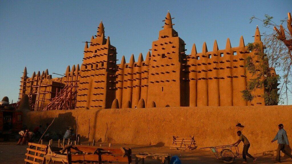 Bezienswaardigheden in Mali: De grote moskee van Djenné
