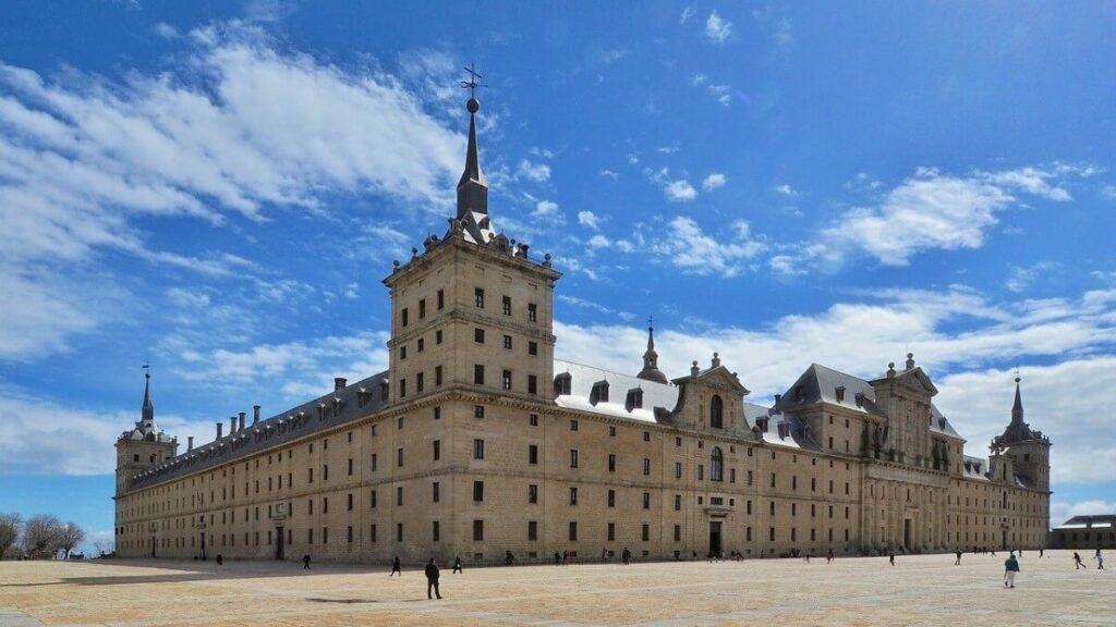 Bezienswaardigheden in Spanje: Het Escorial nabij Madrid