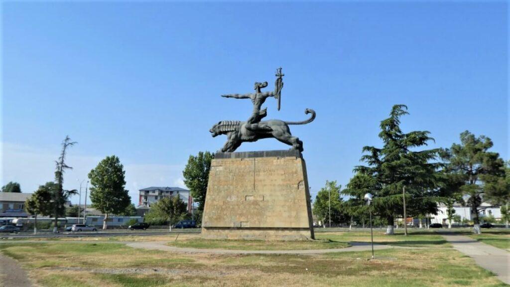 Een monument in Gori, Georgië