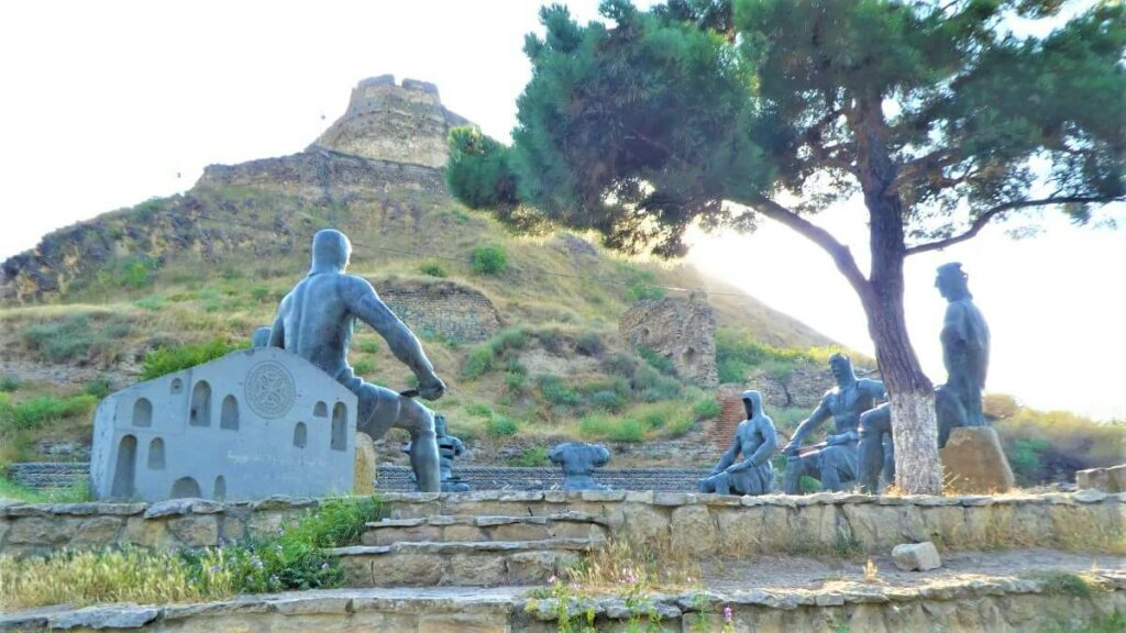 Een monument van ridders, Gori