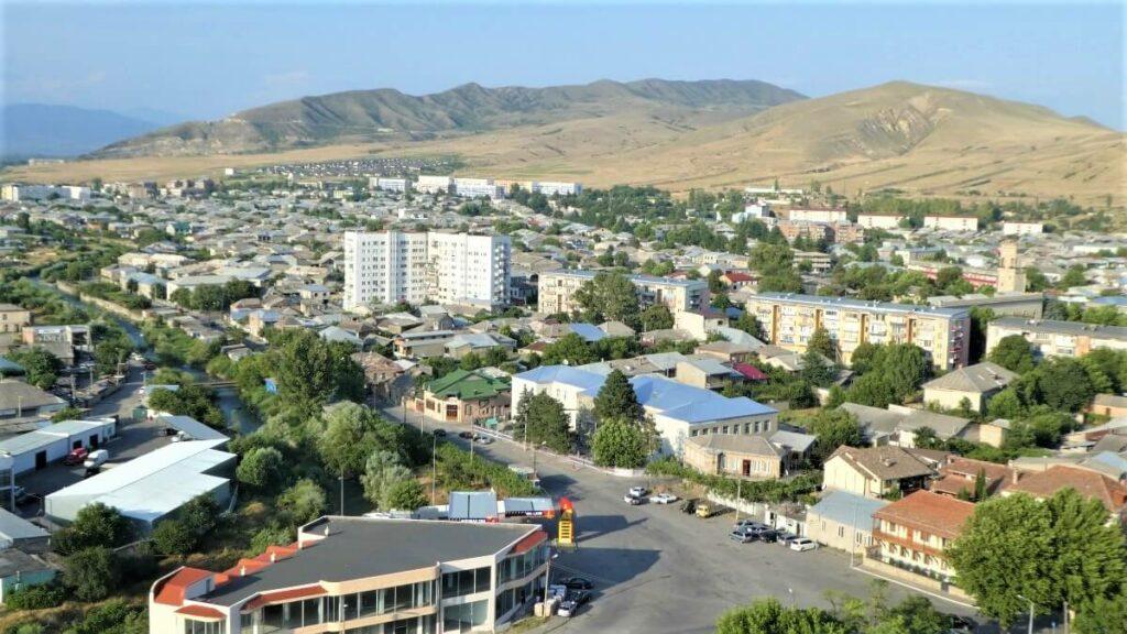 Uitzicht over de stad Gori