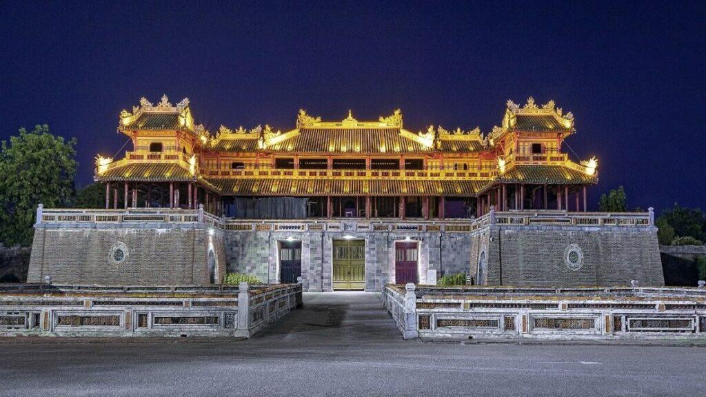 Bezienswaardigheden van Vietnam: De verboden stad en het Keizerlijk Paleis van Hue