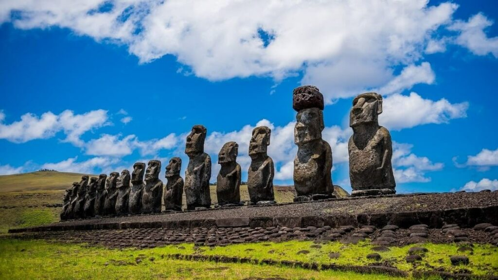 Bezienswaardigheden op paaseiland: De Maoi beelden in Chili