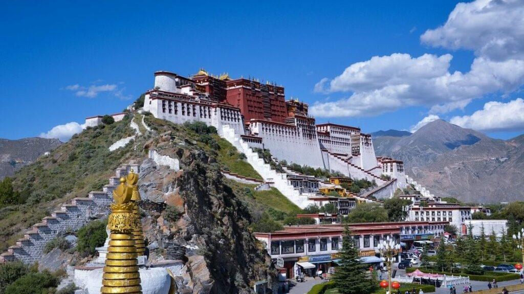 Geschiedenis van het Potalapaleis in Lhasa, Tibet