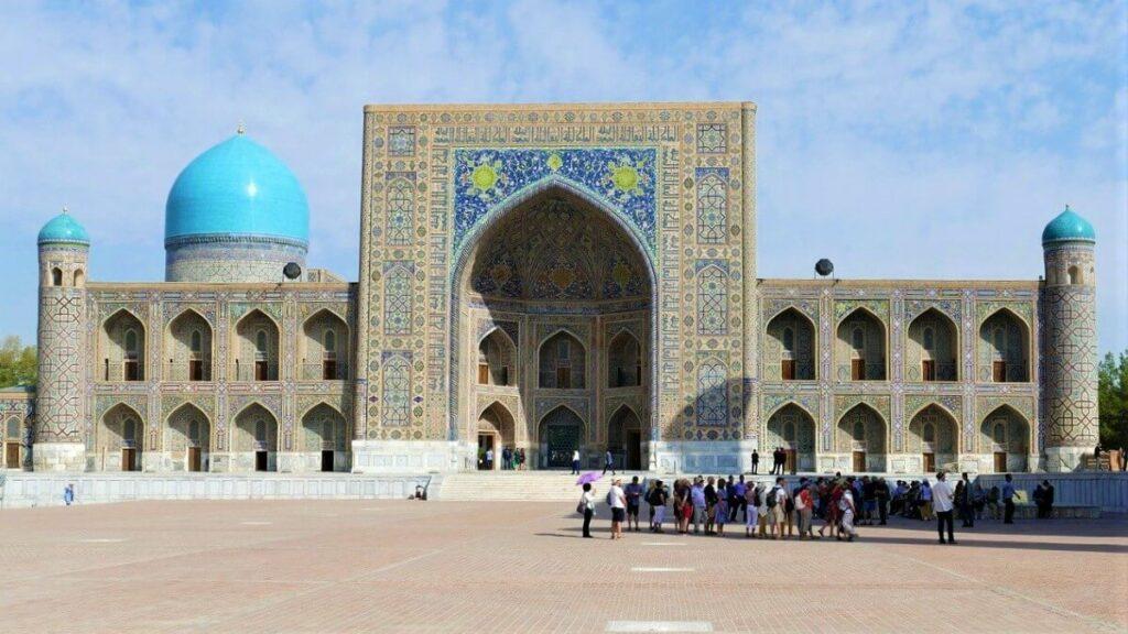 Bezienswaardigheden in Oezbekistan: Registan in Samarkand