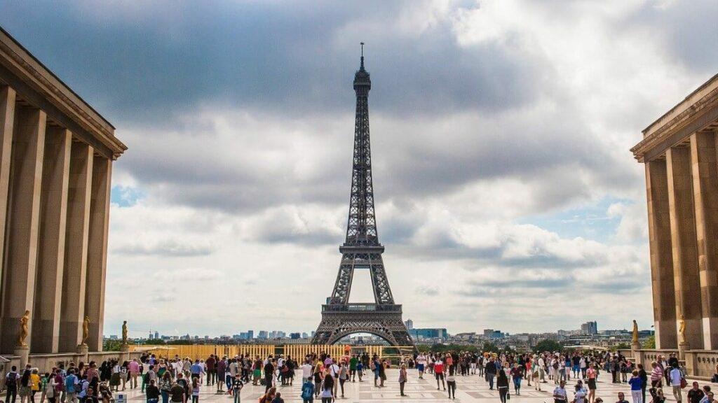 Bezienswaardigheden in Frankrijk: De Eiffeltoren in Parijs