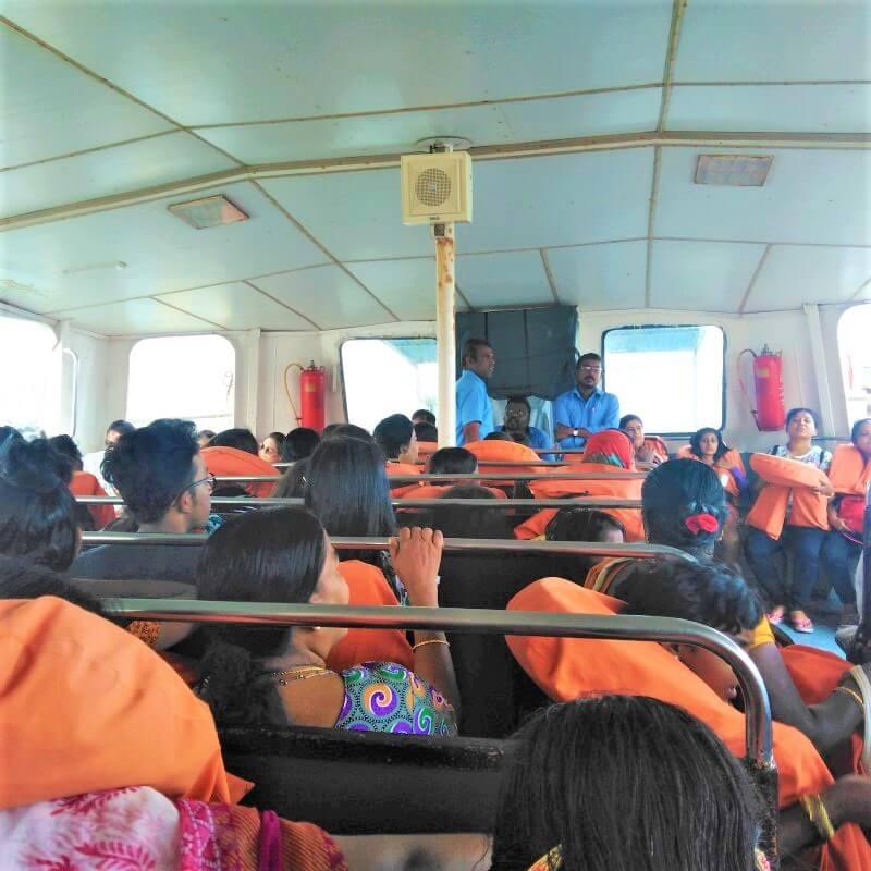 De Ferry van Kanyakumari, India