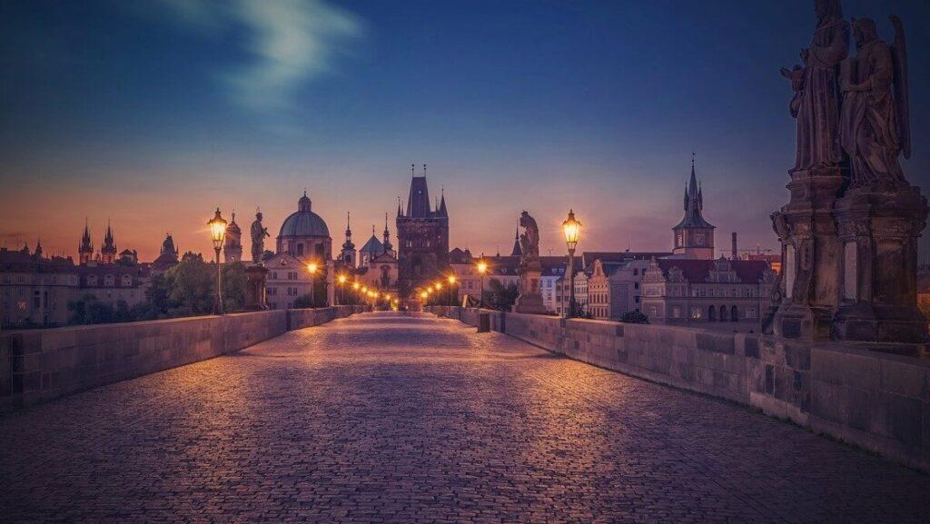 Geschiedenis van de Karelsbrug in Praag, Tsjechië