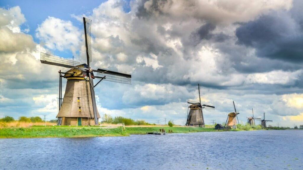 Bezienswaardigheden: de molens van Kinderdijk