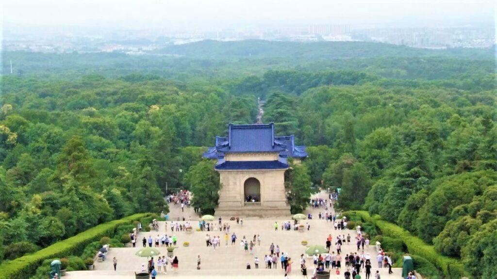 Het uitzicht op de stad Nanjing vanaf de Paarse berg