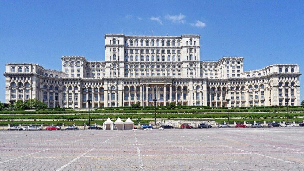 Bezienswaardigheden in Roemenië: Het parlement in Boekarest