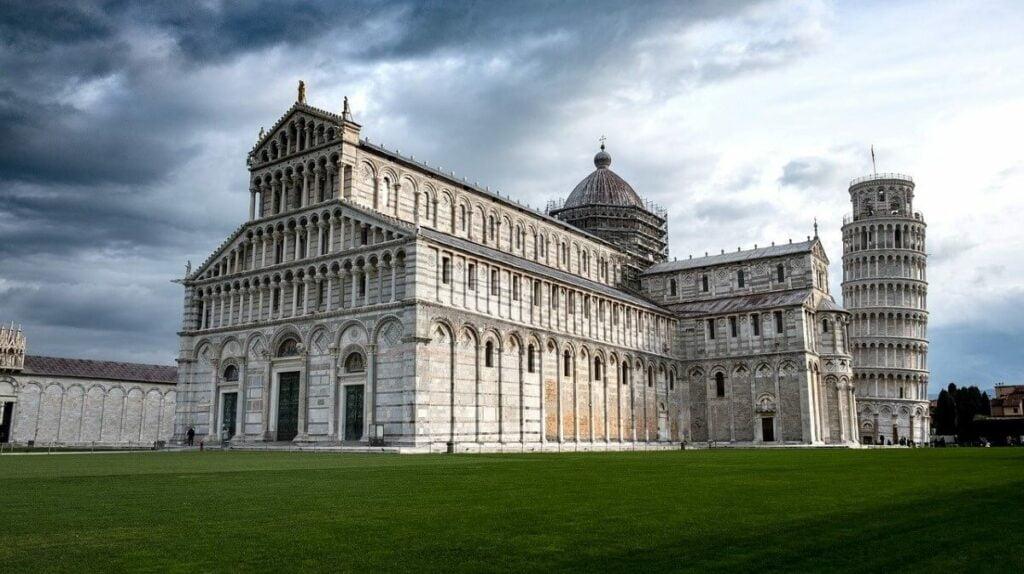 De geschiedenis van de Toren van Pisa, Italië