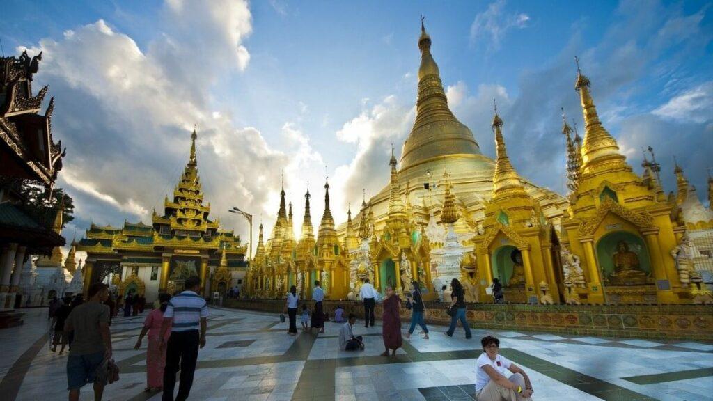Bezienswaardigheden in Myanmar: De Schwedagonpagode in Rangoon
