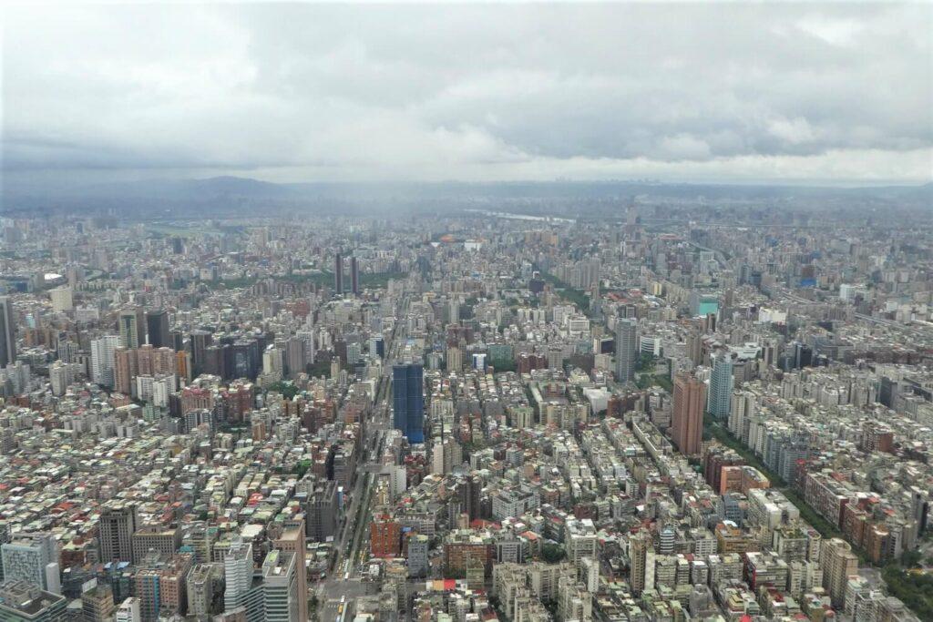 Uitzicht over de stad vanaf de Taipei 101, Taiwan