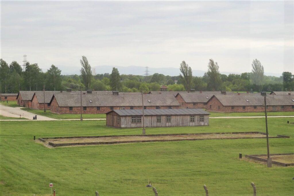 De barakken in Auschwitz-Birkenau