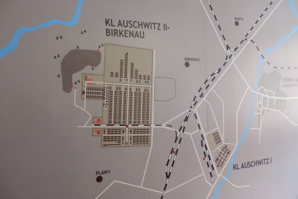Plattegrond van Auschwitz I en Auschwitz-Birkenau