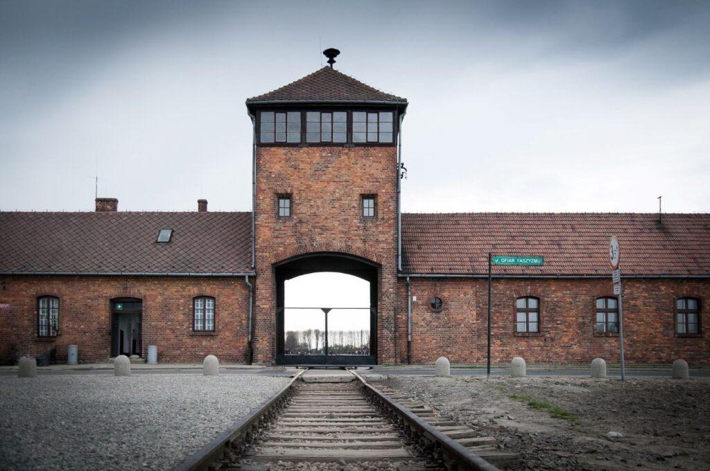 Het voormalig concentratiekamp Auschwitz Birkenau in Polen